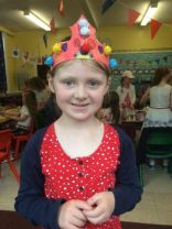 P2/3 celebrate the Queen's 90th birthday