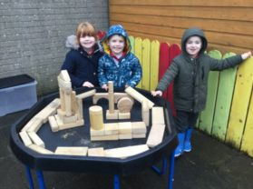 P1 MM Outdoor Play